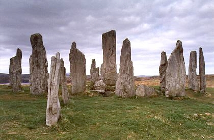 Standing stones of Callanish, Isle of Lewis, CC BY-SA 2.5, https://commons.wikimedia.org/w/index.php?curid=550863