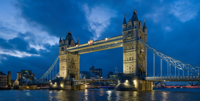 Tower bridge, London, by Diliff - Own work, CC BY-SA 3.0, https://commons.wikimedia.org/w/index.php?curid=1465748